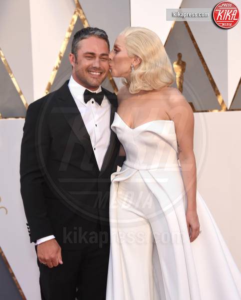Taylor Kinney, Lady Gaga - Hollywood - 28-02-2016 - Lady Gaga si sposa, matrimonio in Italia?