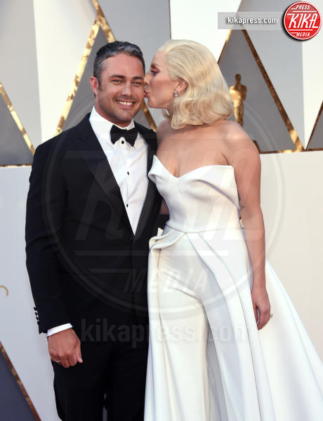 Taylor Kinney, Lady Gaga - Hollywood - 28-02-2016 - American Horror Story 6, ci sarà anche Lady Gaga?