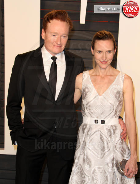 Liza Powel, Conan O'Brien - Los Angeles - 28-02-2016 - Oscar 2016: il tradizionale party Vanity Fair