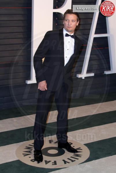 Jeremy Renner - Los Angeles - 28-02-2016 - Oscar 2016: il tradizionale party Vanity Fair