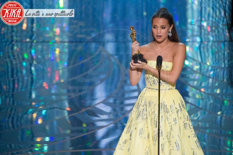 Alicia Vikander - Hollywood - 29-02-2016 - Oscar 2016: and the Oscar goes to... Ennio Morricone!