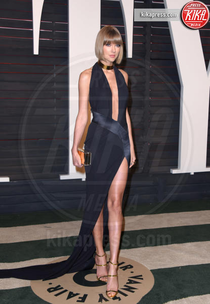 Taylor Swift - Beverly Hills - 29-02-2016 - Chi lo indossa meglio, Taylor Swift o Andreja Pejic?