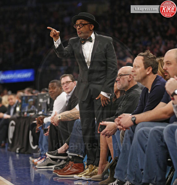 Spike Lee - New York - 28-02-2016 - Star come noi: quando il tifo...è vip!
