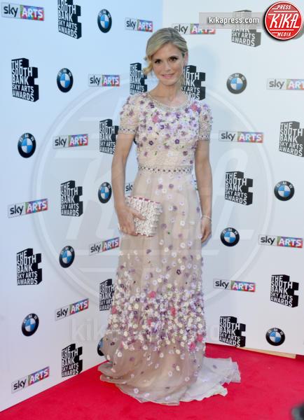 Emilia Fox - Londra - 07-06-2015 - Le celebrity? Sul red carpet e fuori sono regine di... fiori!