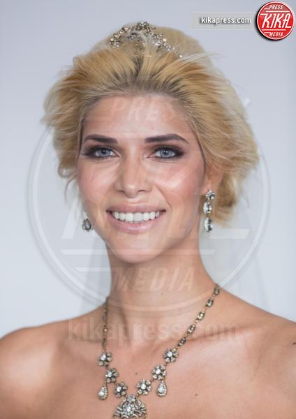 Micaela Schaefer - Berlino - 24-02-2016 - Micaela Schaefer è la sexy sposa nuda