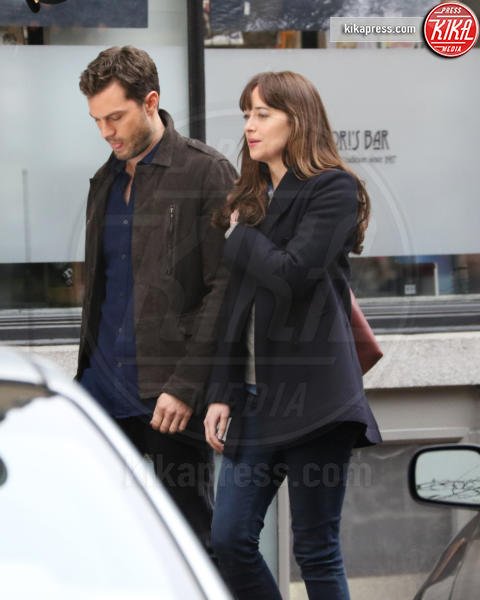 Jamie Dornan, Dakota Johnson - Vancouver - 02-03-2016 - 50 Sfumature di Nero, sesso vero tra Dornan e Dakota Johnson?