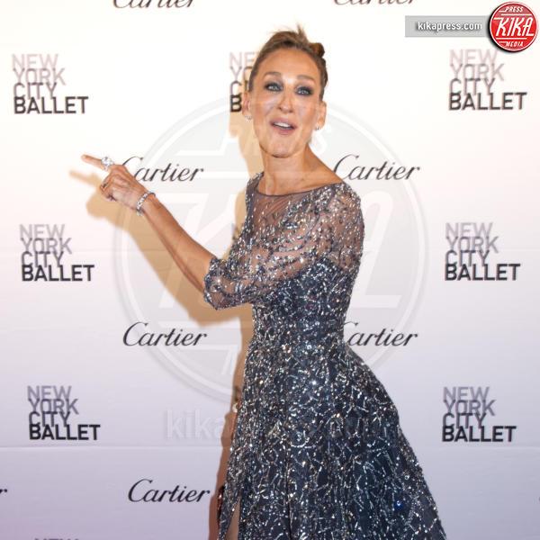 Sarah Jessica Parker - New York - 30-09-2015 - Chi lo indossa meglio? Madalina Ghenea e Sarah Jessica Parker