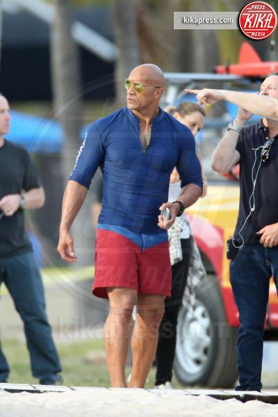 """Dwayne """"The Rock"""" Johnson - Miami - 04-03-2016 - Baywatch, Kelly Rohrbach è la nuova C.J. Parker"""