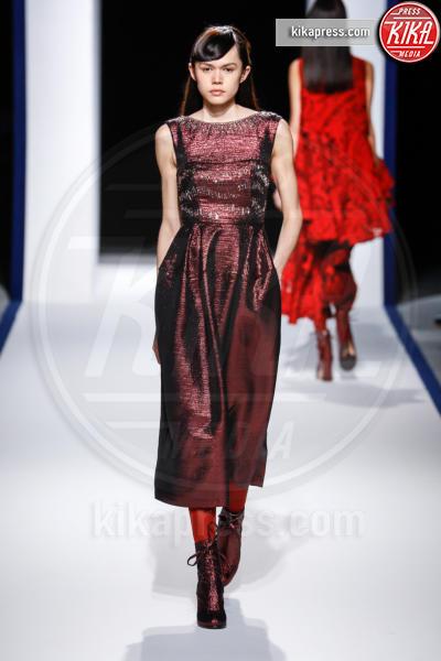 Modella - Parigi - 05-03-2016 - Parigi Fashion Week: la sfilata di Talbot Runhof