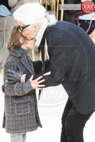Karl Lagerfeld - Parigi - 08-03-2016 - Jada Pinkett Smith e la figlia Willow alla sfilata Chanel