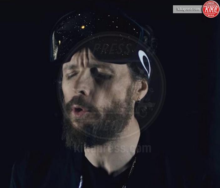 Jovanotti - 14-03-2016 - Jovanotti cambia look nel nuovo video. E prima di lui?