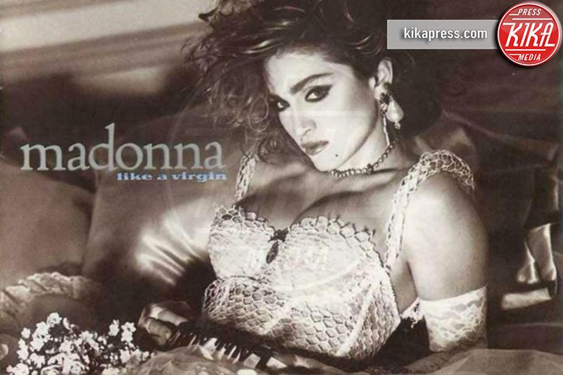 Madonna - 14-03-2016 - Jovanotti cambia look nel nuovo video. E prima di lui?