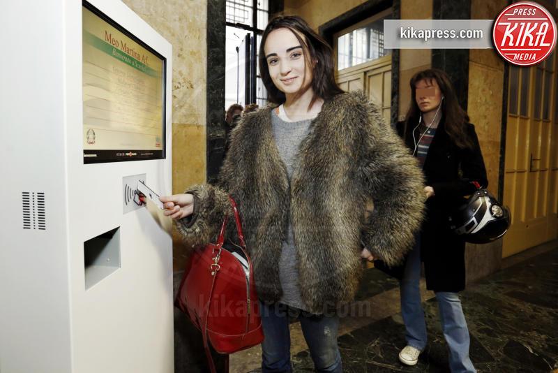 Martina Meo - Milano - 11-03-2016 - Al liceo Parini di Milano gli studenti entrano con il badge