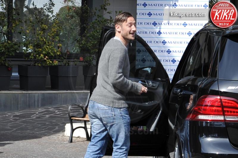 Francesco Totti - Roma - 14-03-2016 - Francesco Totti e Ilary Blasi tornano a casa: benvenuta Isabel!