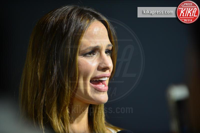 "Jennifer Garner - Miami Beach - 14-03-2016 - Jennifer Garner: ""Brad Pitt e io ci stiamo frequentando"""