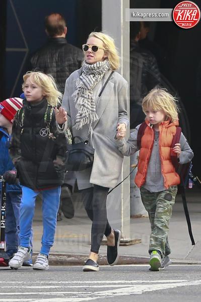 Samuel Schreiber, Alexander Schreiber, Naomi Watts - New York - 17-03-2016 - Clooney-Amal e la carica delle star con gemelli in casa