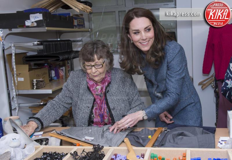 Kate Middleton - 18-03-2016 - Kate Middleton, modella per un giorno