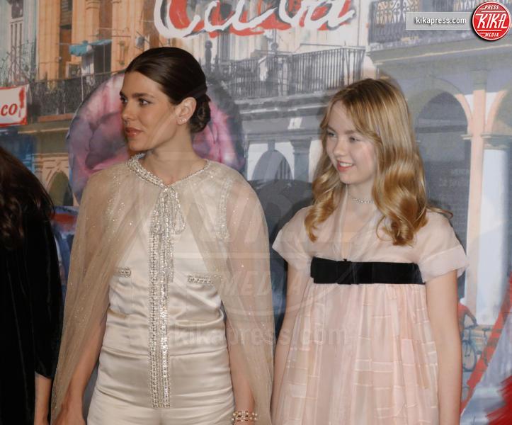Alexandra di Hannover, Charlotte Casiraghi - Monaco - 19-03-2016 - La famiglia reale monegasca si riunisce al Bal de la Rose