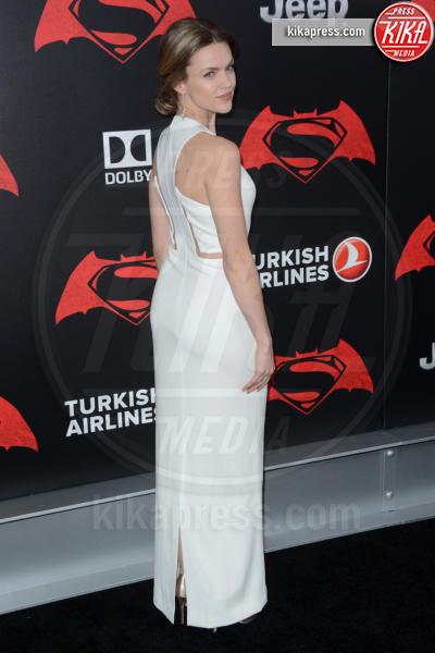 Erin Richards - New York - 21-03-2016 - Batman v Superman: è giunto il momento