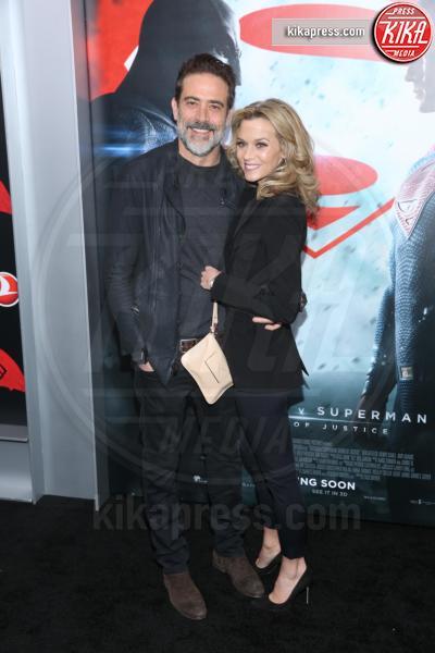 Jeffrey Dean Morgan, Hilarie Burton - New York - 21-03-2016 - Batman v Superman: è giunto il momento