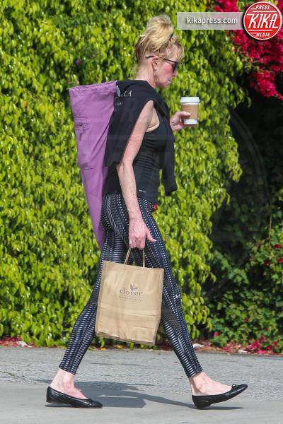 Melanie Griffith - Los Angeles - 20-03-2016 - Ma dove vai... se lo yoga non lo fai?