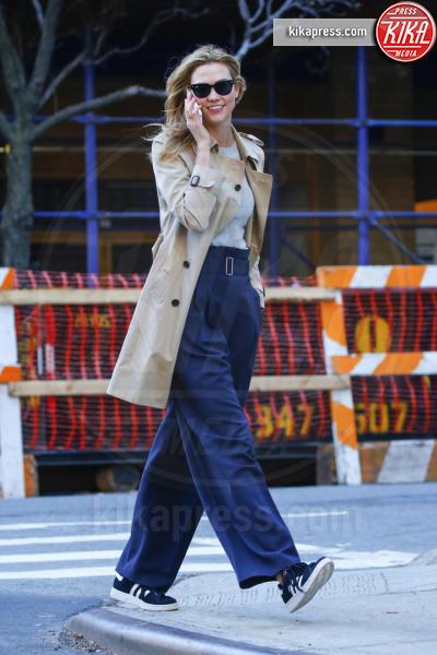 Karlie Kloss - New York - 18-03-2016 - Ampio è bello: fate largo ai panta palazzo!