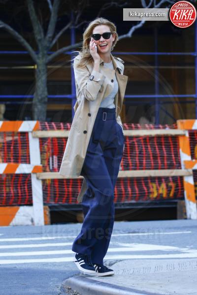 Karlie Kloss - New York - 18-03-2016 - La primavera è alle porte: è tempo di trench!