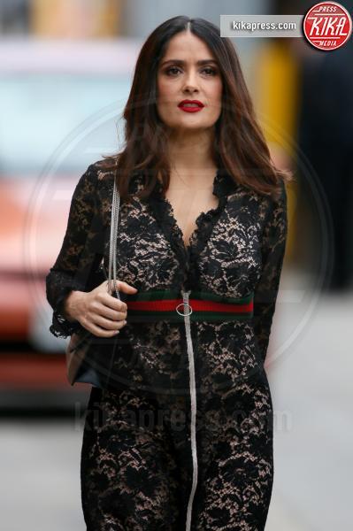Salma Hayek - Los Angeles - 30-03-2016 - Chi lo indossa meglio? Rihanna e Salma Hayek