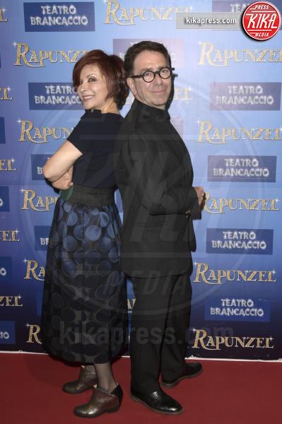Alda D'Eusanio, Pino Strabioli - Roma - 06-04-2016 - Lorella Cuccarini, addio al biondo: per Rapunzel si è fatta mora
