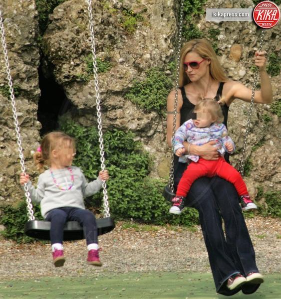 Celeste Trussardi, Sole Trussardi, Michelle Hunziker - Roma - 07-04-2016 - Star come noi: amore, vieni che ti porto al parco!
