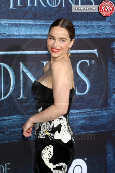 Emilia Clarke - Los Angeles - 11-04-2016 - Game of Thrones: casting in corso per una nuova figura femminile