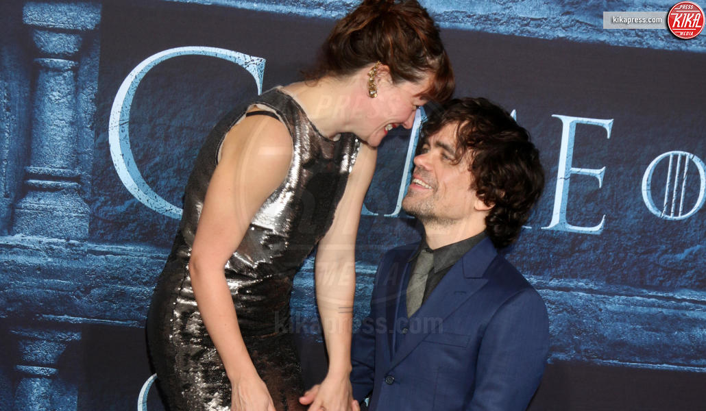 Erica Schmidt, Peter Dinklage - Los Angeles - 11-04-2016 - Game of Thrones: casting in corso per una nuova figura femminile