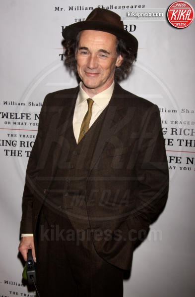 Mark Rylance - New York - 11-11-2013 - Mark Rylance è Papa Pio IX in The Kidnapping of Edgardo Mortara