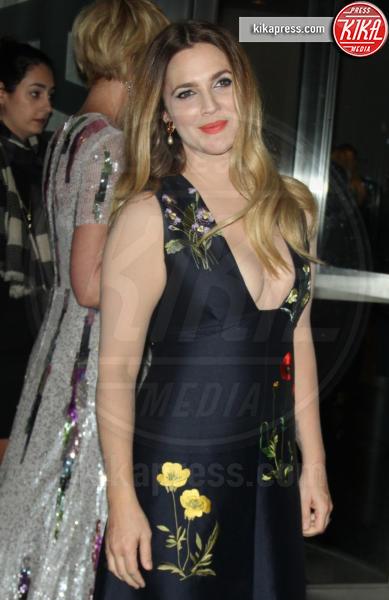 Drew Barrymore - New York - 25-10-2015 - Cannes 2016: Chi lo indossa meglio? In tre per Stella McCartney