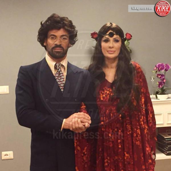 Gianni Sperti, Tina Cipollari - 13-04-2016 - Pechino Express 2016: Tina Cipollari in coppia con Gianni Sperti