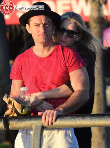 Phillipa Coan, Jude Law - Venice - 12-04-2016 - Jude Law nei panni di Albus Silente? Wow!