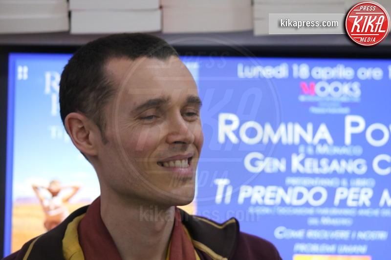 Gen Kelsang Cho - Napoli - 18-04-2016 - Ti prendo per mano, parola di Romina Power