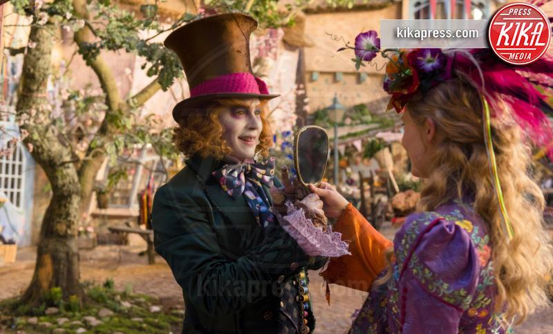 Mia Wasikowska, Johnny Depp - Alice attraverso lo specchio - 19-04-2016 - Mia Wasikowska racconta il suo viaggio Attraverso lo specchio