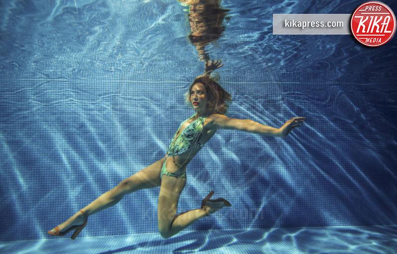 Myleene Klass - Los Angeles - 23-03-2016 - Myleene Klass è una sexy sirena per Littlewoods