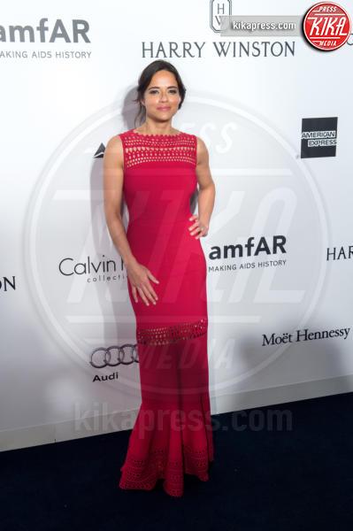 Michelle Rodriguez - Hong Kong - 19-03-2016 - Michelle Rodriguez cambia sesso e si mostra ai fan con la barba