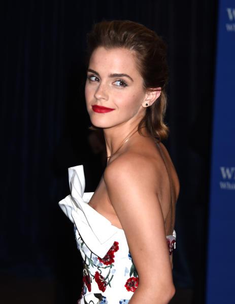 Emma Watson - Washington - 30-04-2016 - Emma Watson ricicla gli abiti... non il fidanzato!