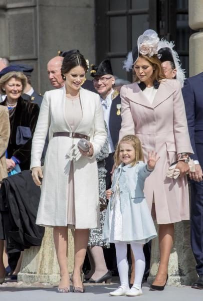 Principessa Estelle di Svezia, Principessa Sofia di Svezia, Principessa Madeleine di Svezia - Stoccolma - 30-04-2016 - Principessa Estelle, che barba queste feste reali!