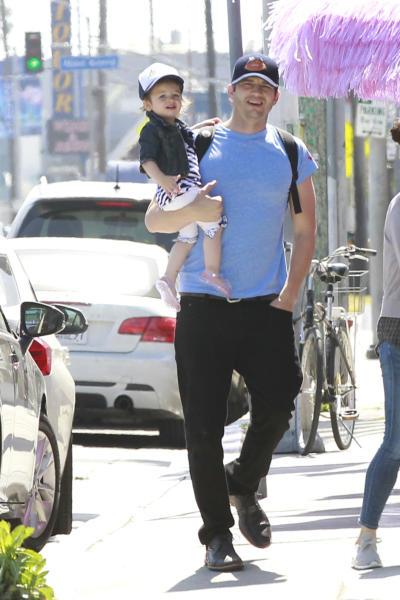 Wyatt Kutcher, Mila Kunis, Ashton Kutcher - Los Angeles - 01-05-2016 - Ashton Kutcher e Mila Kunis non lasceranno nulla ai figli