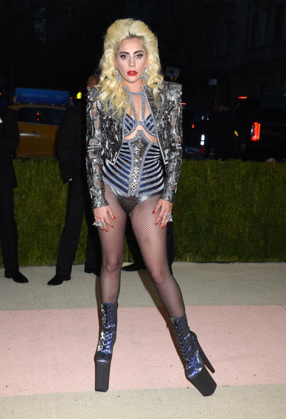 Lady Gaga - New York - 02-05-2016 - Taylor Swift argento vivo ai MET Gala 2016