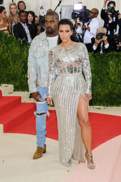 Kim Kardashian, Kanye West - Montclair - 03-05-2016 - Il cuore d'oro di Kim Kardashian e Kanye West