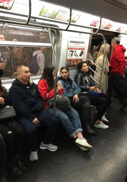 Lourdes Leon - New York - 02-05-2016 - Lourdes Leon: la metro di New York ha la sua diva