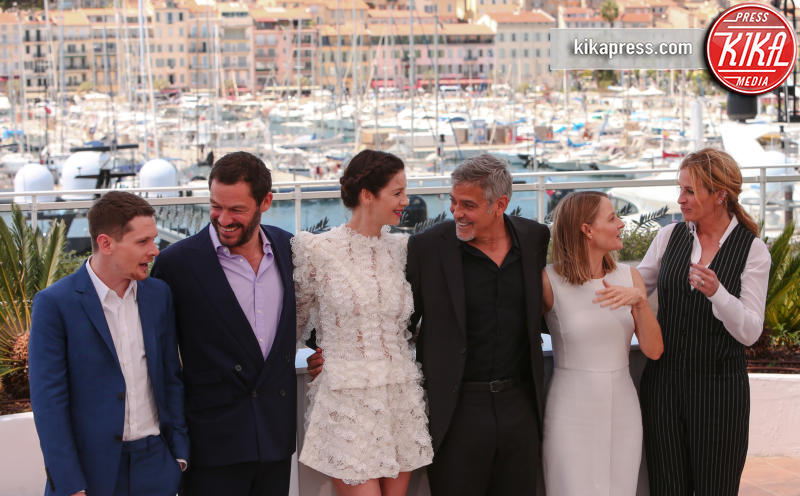 Caitriona Balfe, Jack O'Connell, Dominic West, Jodie Foster, George Clooney, Julia Roberts - Cannes - 12-05-2016 - Cannes 2016: la seconda giornata della kermesse