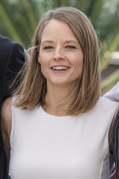 Jodie Foster - Cannes - 12-05-2016 - Chirurgia estetica? C'è chi dice no! E ci guadagna...
