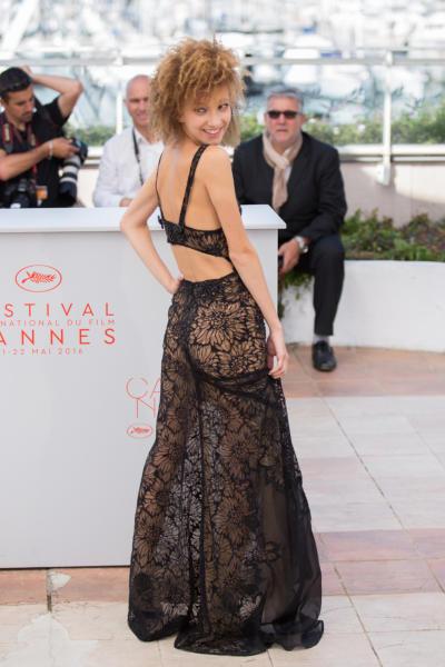 Mili Eshet - Cannes - 15-05-2016 - Cannes 2017: vi ricordate lo spacco di Bella Hadid?