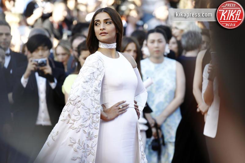 Sonam Kapoor - Cannes - 15-05-2016 - Lapo Elkann, tante ex fidanzate ma quanti amori?
